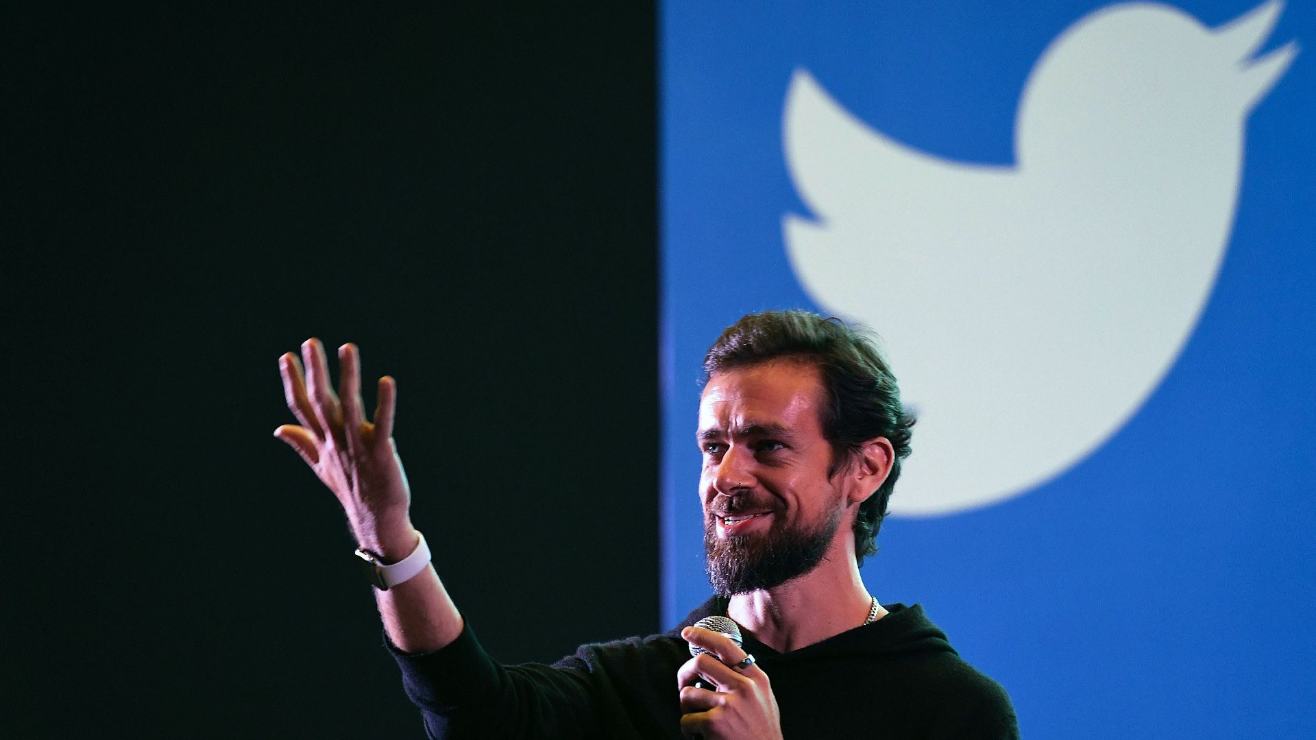 Twitter CEO Jack Dorsey Selling His First Ever Tweet As An NFT, Bids Reach USD 2.5 Million